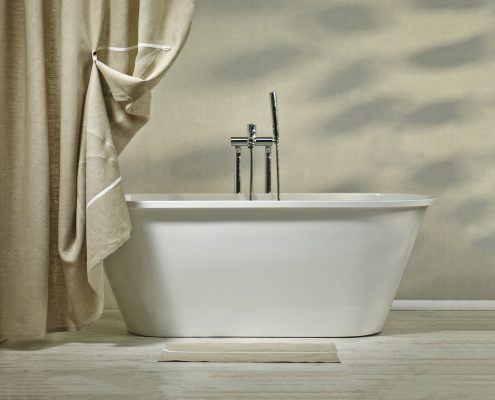 Bathtubs: Bath Accent