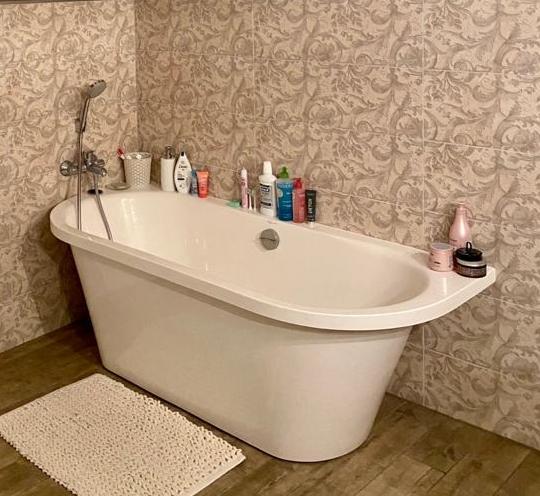 Akmens masės vonia Onda